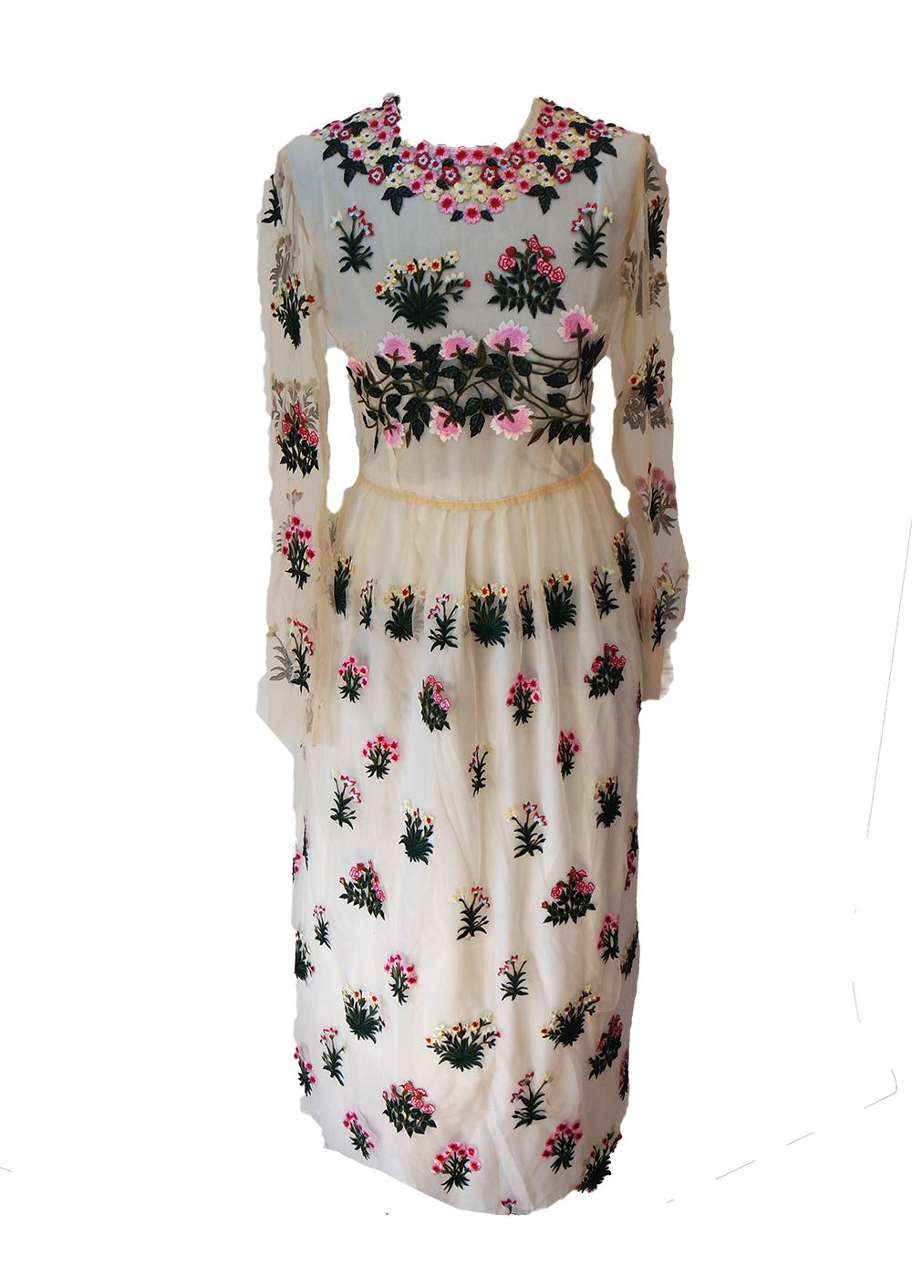 3378dc26f90f2 Einzelstück Spitzen Kleid Gr. 34/36   Etui Kleider   Bekleidung   Ladies  Style   Oldieshop: Oldtimer Accessoires, Bekleidung und Geschenke