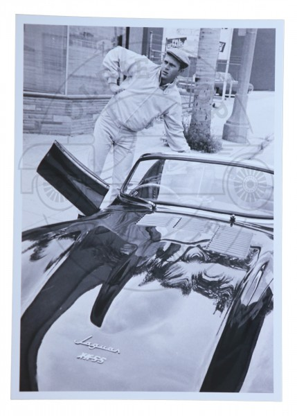 Foto Steve Mc Queen im Jaguar klein